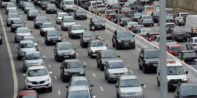 View of the traffic jam at 23 de Maio Avenue in Sao Paulo, Brazil on June 18, 2014. AFP PHOTO / NELSON...