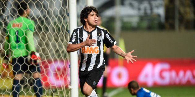 Atlético-MG vence o Cruzeiro e sai na frente na decisão da Copa do