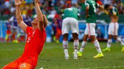 Não deu para o México: a Laranja continua viva na Copa do