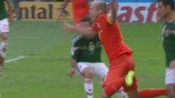 ASSISTA: Robben cavou um holandês-voador pra conseguir o