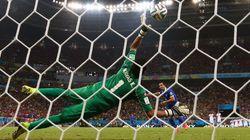 Costa Rica vence Grécia nos pênaltis e segue fazendo história na