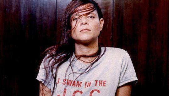 Documentário 'Cássia Eller' retrata uma das mulheres mais fortes da música