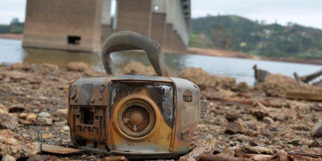 Em meio à crise de abastecimento de água, Sabesp deseja reajustar tarifa acima do