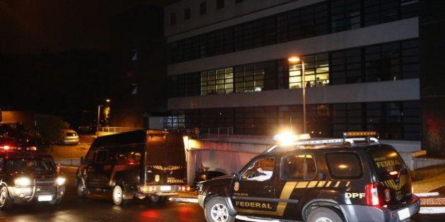 Vinte presos na 7ª fase da Operação Lava Jato, entre eles ex-diretor da Petrobras e executivos de 9 empreiteiras,...