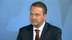 Campos fala em '7 a 1 no governo Dilma' e acaba ouvindo questões sobre sua