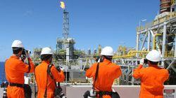 No centro de escândalo de corrupção, Petrobras anuncia aumento de
