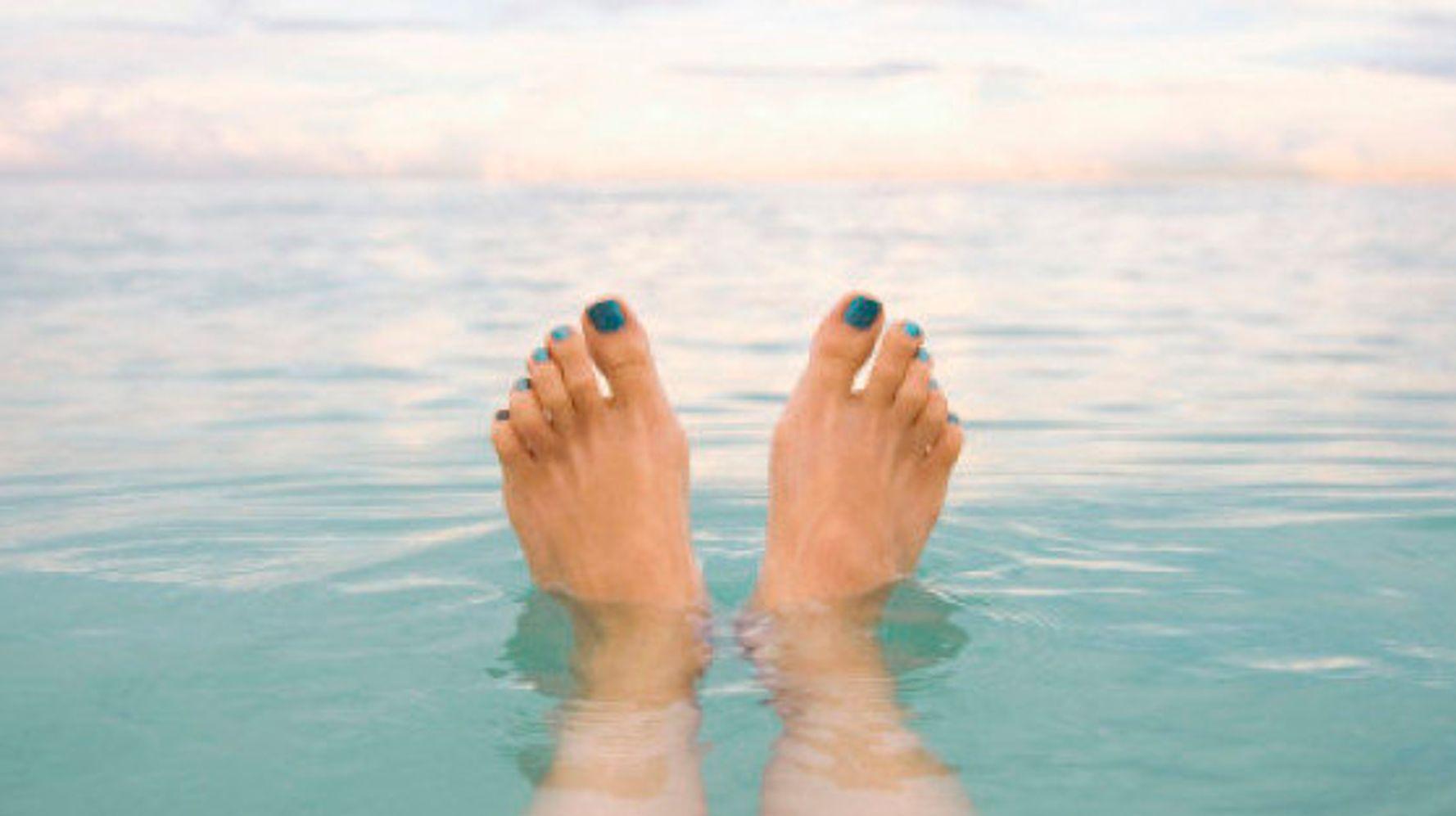 mãos e pés doem de manhã