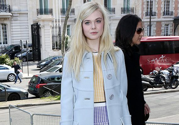 Elle Fanning transforma o visual para dar vida a personagem transgênero