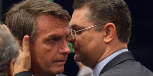 Declarações contra gays no CQC rendem condenação de R$ 150 mil a Jair Bolsonaro