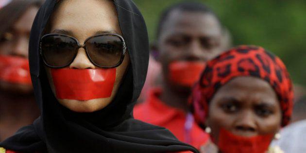 #BringBackOurGirls: Um ano após sequestro de estudantes em Chibok, Anistia diz que Boko Haram capturou...