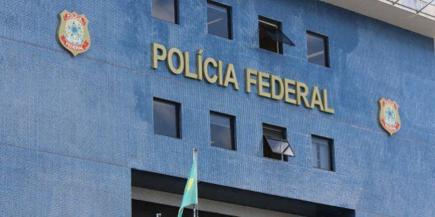 Elo do PMDB com suposto esquema de corrupção na Petrobras, Fernando Baiano se entrega à Polícia