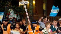 Em funeral de Nisman, argentinos pedem paz e