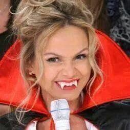 Eliana protagoniza o maior -- e mais divertido -- duelo de risadas da TV brasileira