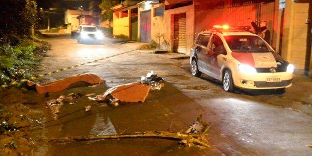 Horas após assassinato de PM, seis pessoas são mortas a tiros em possível chacina na zona sul de São