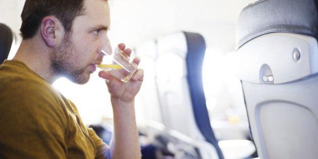 Sete mudanças que viagens de avião provocam no