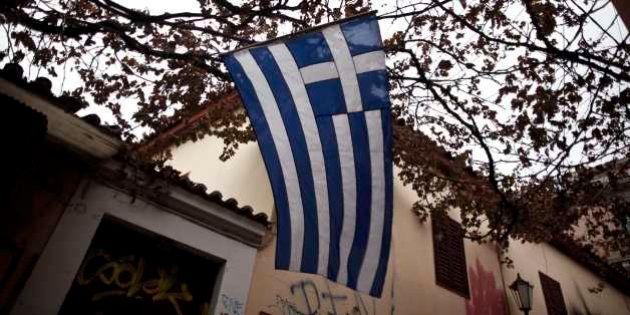 Efeito Grécia: Bloomberg pede que credores europeus aliviem dívida da Grécia para evitar que toda a Europa...