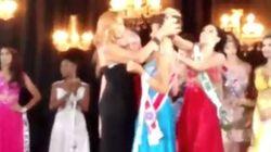 ASSISTA: inconformada com derrota, vice arranca coroa de Miss