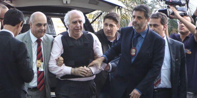 Vítimas de abuso por Roger Abdelmassih tentam agredi-lo em sua chegada ao Aeroporto de