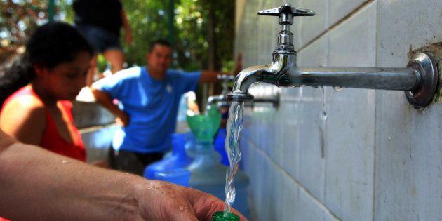 Água desviada por fraude em SP soma 2,6 bilhões de litros em 2014, diz