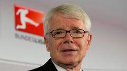 Presidente da liga alemã de futebol pede renúncia de