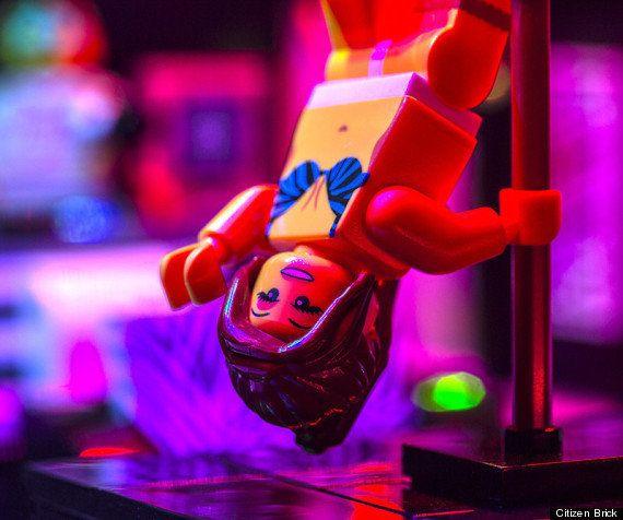 Empresa customiza Lego e cria clube de strip-tease de