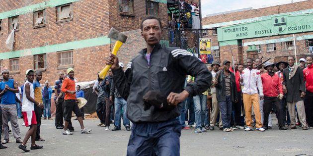 Lojas são incendiadas em Joanesburgo; onda de xenofobia assusta imigrantes na África do Sul