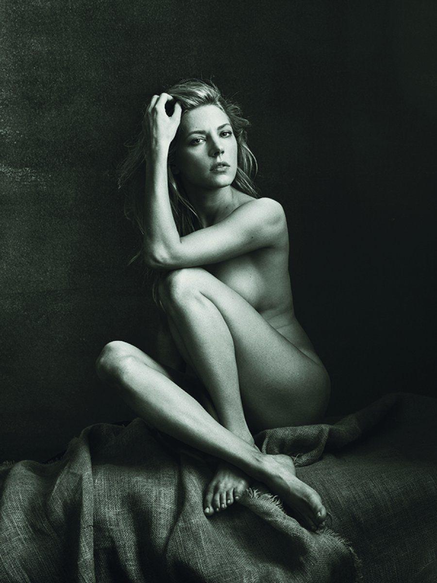 Laverne Cox dá uma aula de autoestima ao posar nua para a revista americana Allure