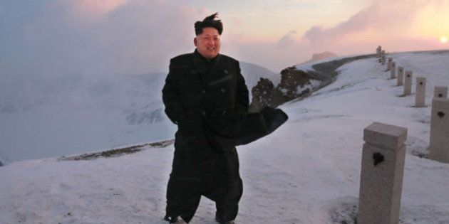 Ditador da Coreia do Norte, Kim Jong-un, 'escala' o monte mais alto do país