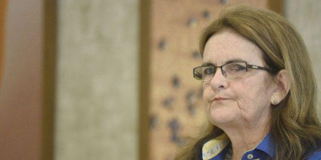 Presidente da Petrobras, Graça Foster, e outros cinco diretores renunciam aos cargos na companhia