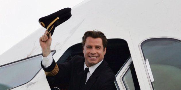 John Travolta diz que segue a Cientologia porque