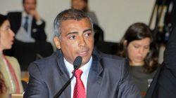 'Tem visão de mundo limitada', diz Romário sobre colunista