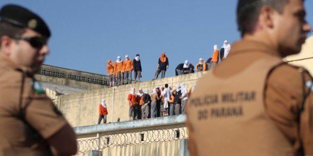 Rebelião de presos na Penitenciária de Cascavel, no Paraná, é encerrada após 45