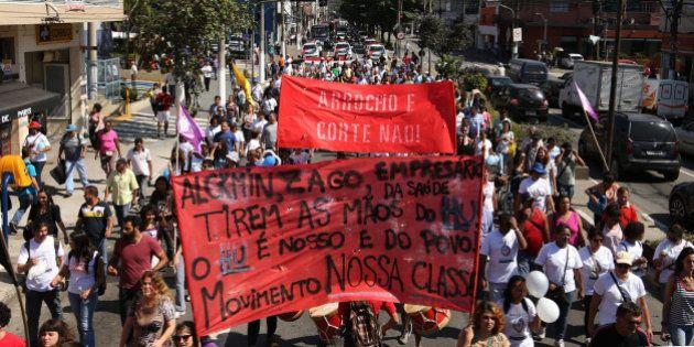 Conselho Universitário da Universidade de São Paulo discute plano de demissão voluntária para acabar...