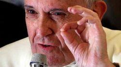 Papa condena mutilação feminina e violência doméstica contra