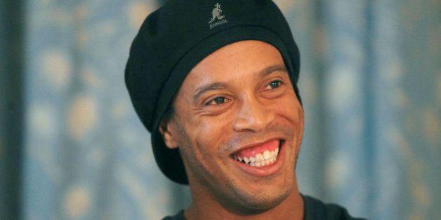 Palmeiras desiste de contratar Ronaldinho