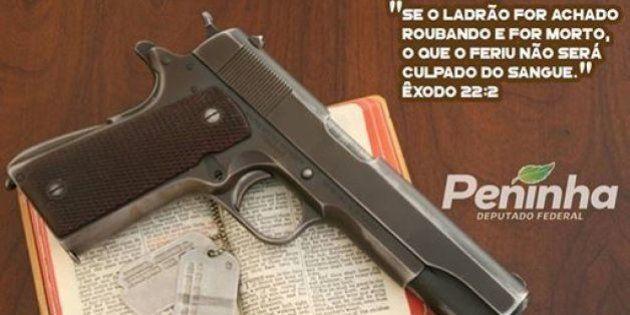 Arma + Bíblia = Fundamentalismo avançando a galope em