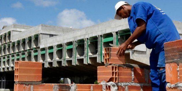 EMPREGOS GERADOS EM JANEIROA Bahia no mês de janeiro teve um garnde demanda de contratação de mão de...