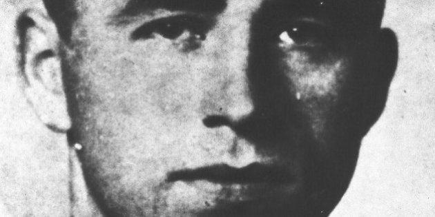 Caçador de nazistas diz que assistente de Adolf Eichmann supostamente morreu na