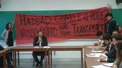 FOTOS: Protesto por transporte público em SP interrompe aula de