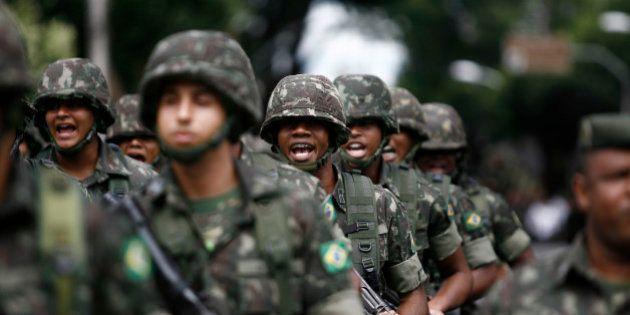 Justiça proíbe Exército de barrar candidatos com HIV e de exigir altura mínima e dentes