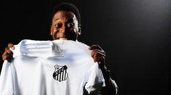 Ainda hospitalizado, Pelé assina contrato de embaixador vitalício do