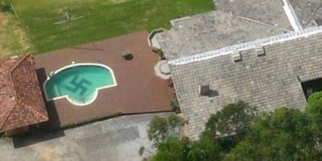 Polícia de Santa Catarina fotografa piscina com suástica desenhada no fundo em Santa