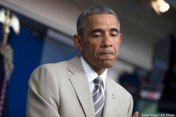Conhecido por estilo sóbrio, Obama usa terno bege durante pronunciamento e causa furor nas redes