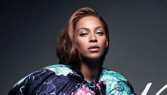 Queen B: Beyoncé DESLUMBRANTE na capa da CR