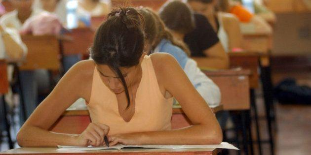 Apenas 54,3% dos jovens concluíram ensino médio até os 19 anos em