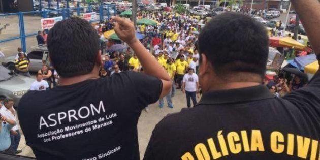 Professores e policiais se unem para protestar contra governo do Amazonas e ameaçam