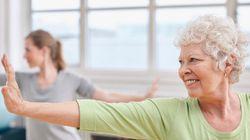 Yoga evita depressão e ansiedade em idosos, diz