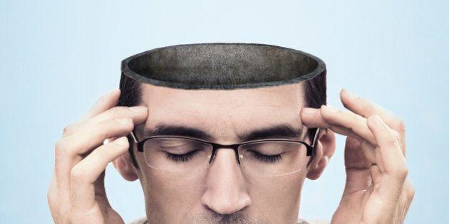 Pessoas religiosas são chamadas de menos inteligentes que ateus em novo estudo