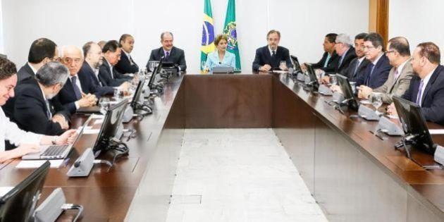 Dilma defende regulamentação da terceirização, mas diz ser contra ampliação para todas as