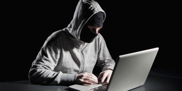 Hackers roubaram mais de US$ 1 bilhão de